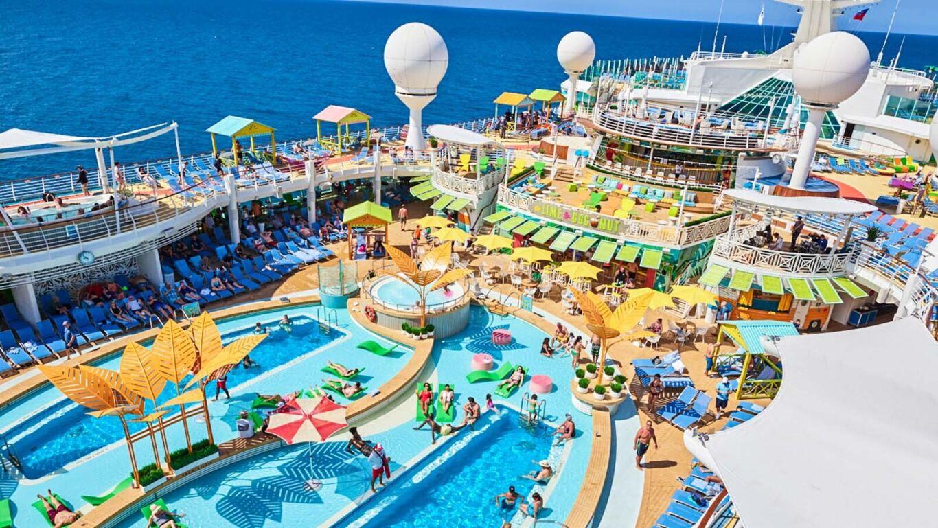 Royal Caribbean Navigator of the Seas Pool