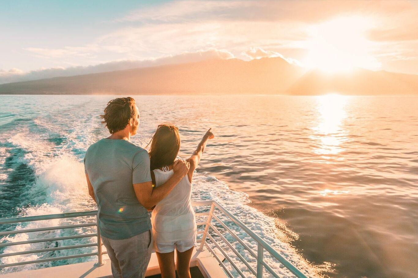 Couple cruise min