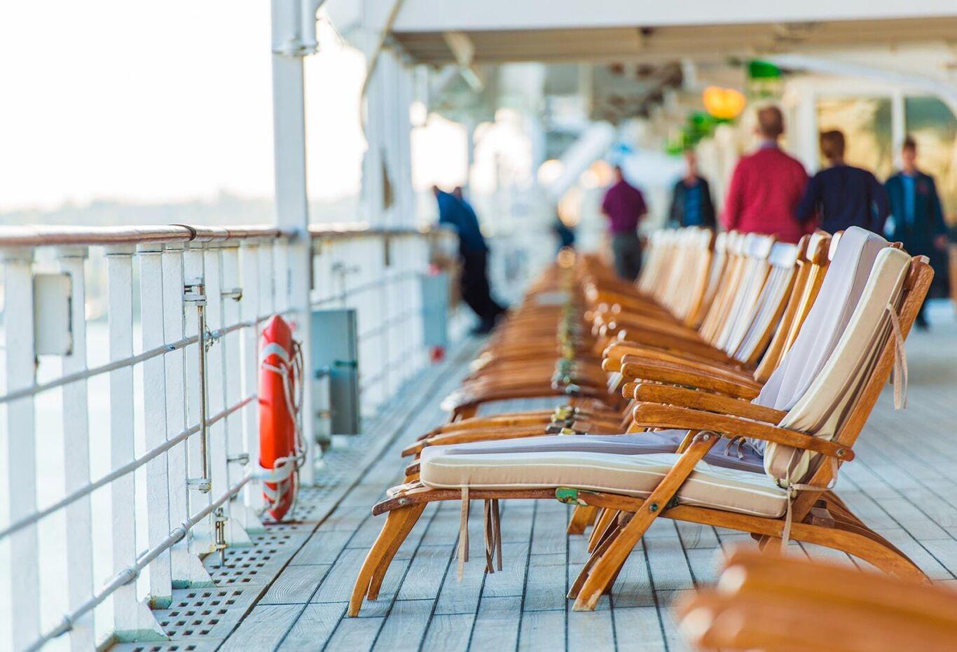 Cruise chairs min