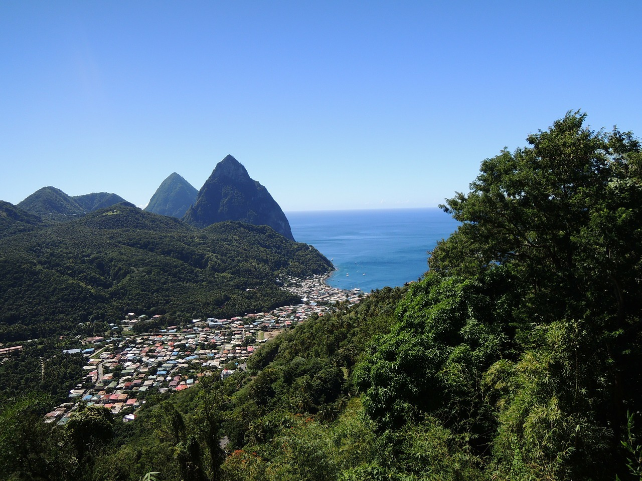 st-lucia-106120_1280