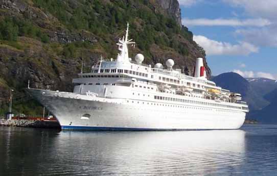 Fred Olsen 'Boudicca' in Flam, Norway copy