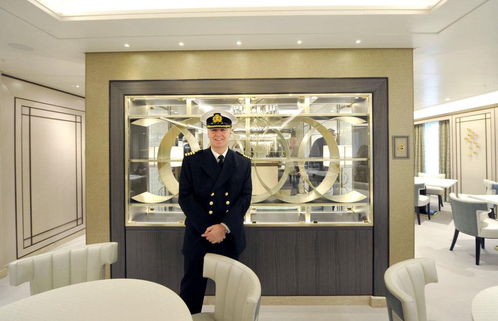 P o cruises britannia handover ceremony in photographs for P o britannia dining rooms