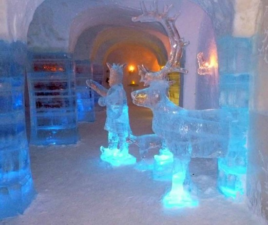 Ice statues in the Sorrisniva Igloo Hotel