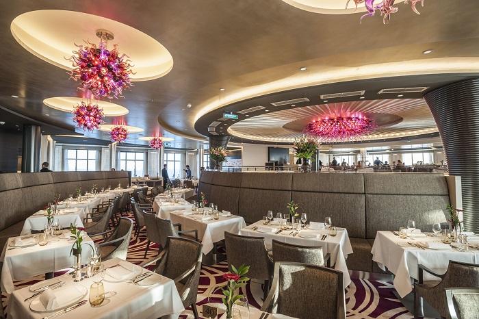 MS Europa 2: Restaurant Weltmeere.