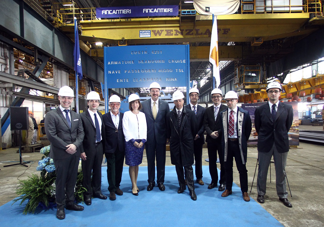 Seabourn Encore steel cutting group photo