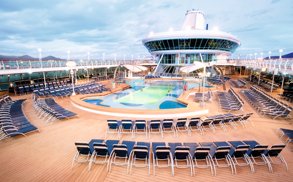 Thomson Discovery Pool Deck