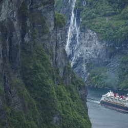 Disney Magic sails to Norway