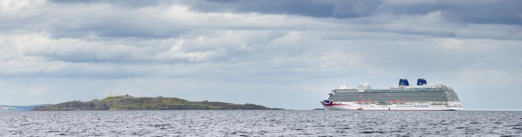 Britannia at anchor in Newhaven