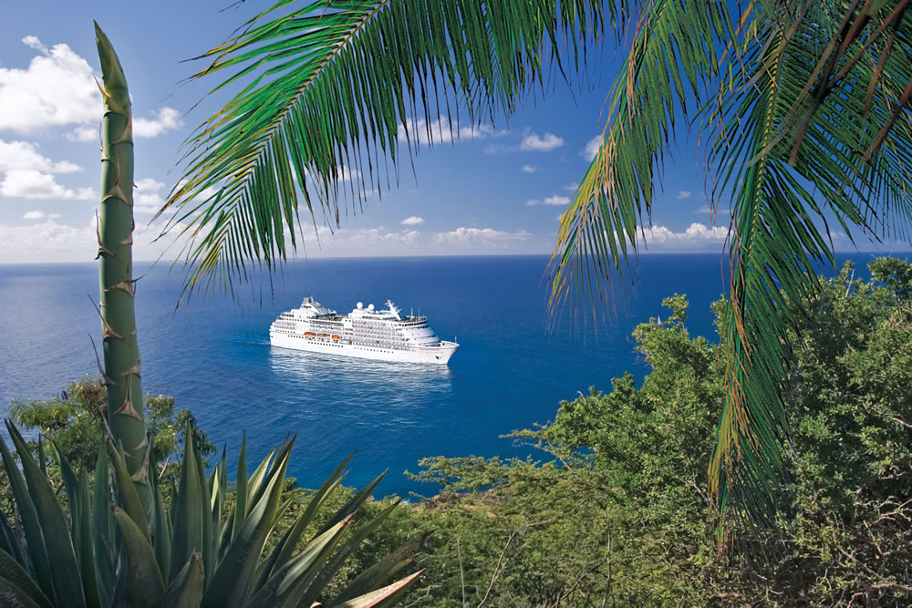Seven Seas Navigator in the Tropics