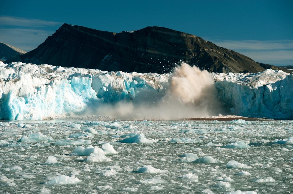 Glacier Calving - David Slater