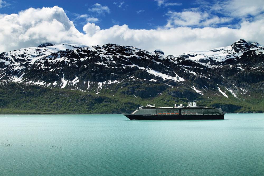 Westerdam in Glacier Bay, Alaska