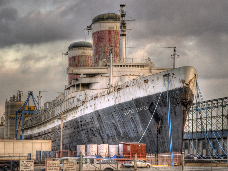 SS United States seen from S. Christopher Columbus Blvd., Philadelphia