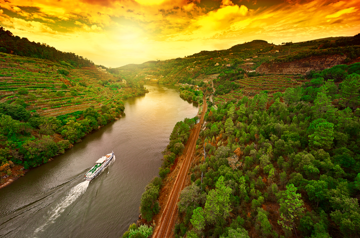 A Cruise Along The River Of Gold World Of Cruising Magazine