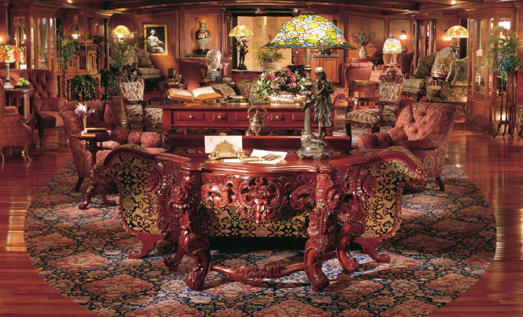 American Queen - lounge