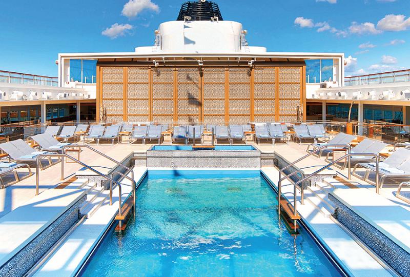 Viking Sea - Swimming pool
