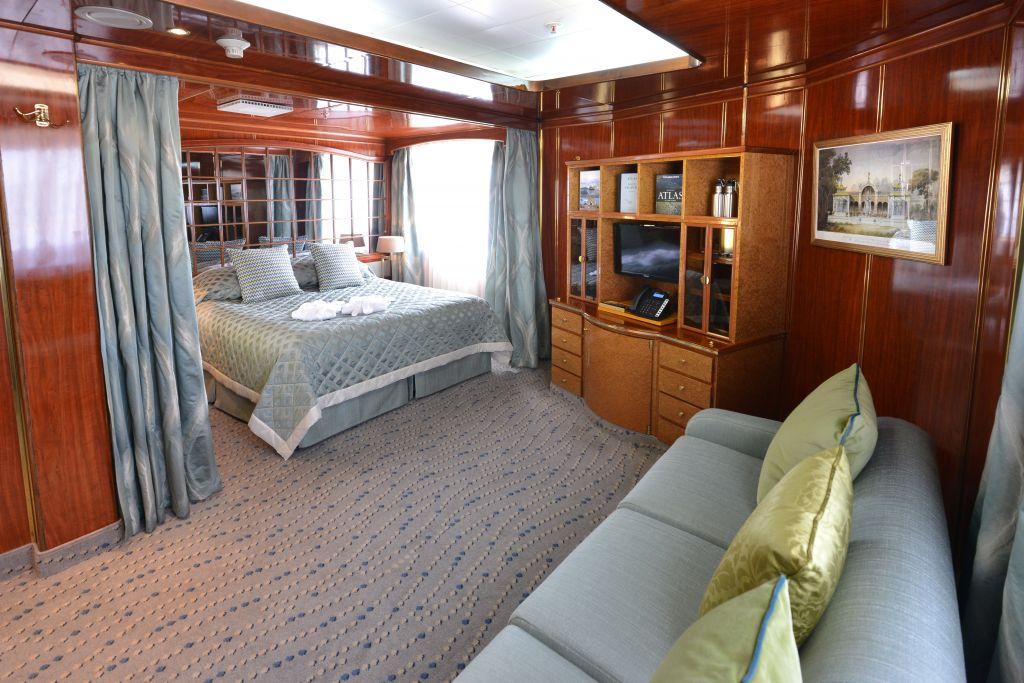 Hebridean Sky cabin