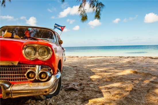 Cadillac on the beach - Cuba