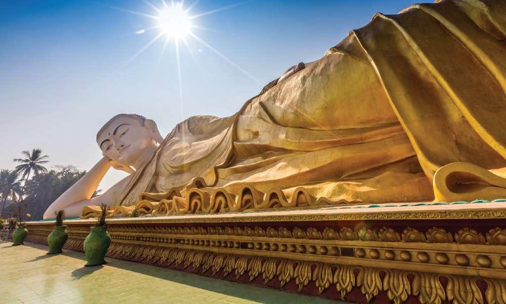 Golden Buddha - Myanmar