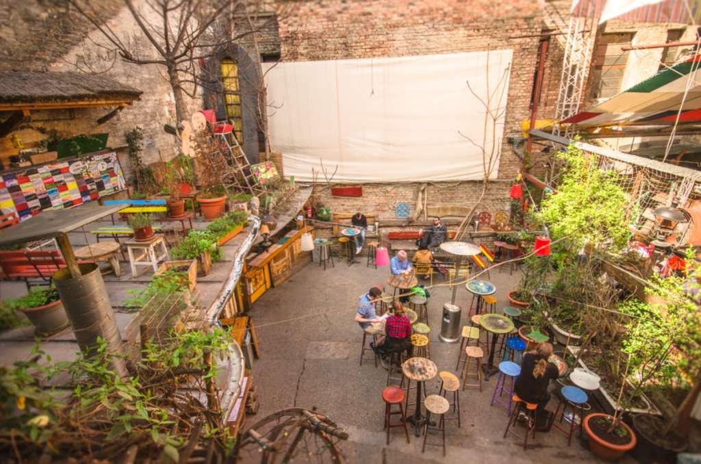 Ruin Pub - Budapest