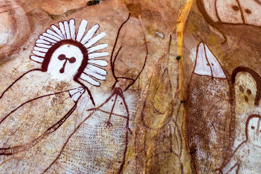 Australian wandjina drawings