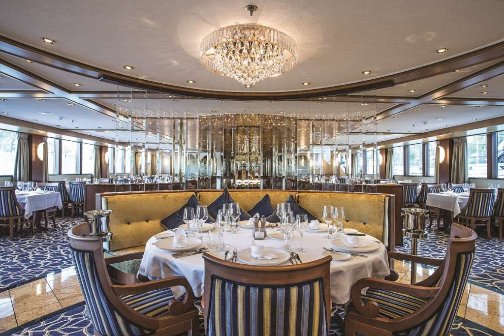 Compass Rose Dining