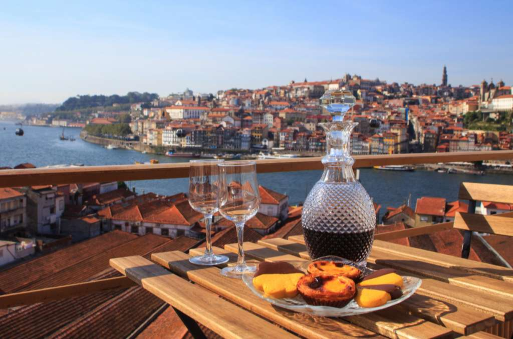 Pasteis de Nata - Wine - Porto