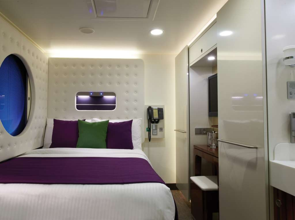 Studio - Norwegian Cruise Line