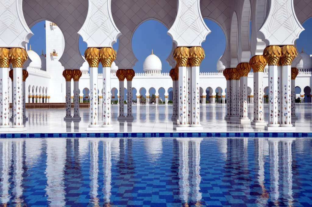 Middle East travel: Grand Mosque - Abu Dhabi - Middle East