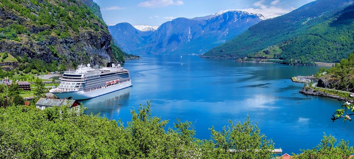 Cruises Under 163 1 000 World Of Cruising Magazine