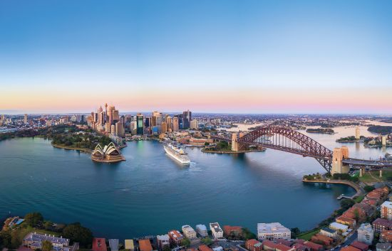 Australia, winter sun, cruise