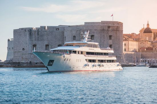 Avangard, Unforgettable Cruises, in Dubrovnik