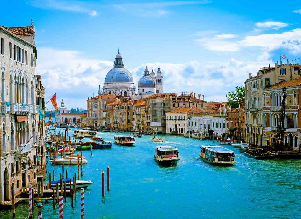 Venice floods: Grand Canal and Basilica Santa Maria della Salute in Venice,Italy