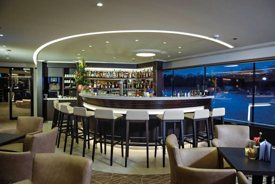 Avalon envision's stylish bar with seating