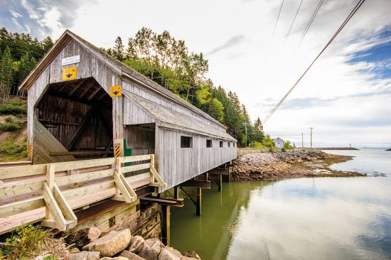 New Brunswick kissing bridge