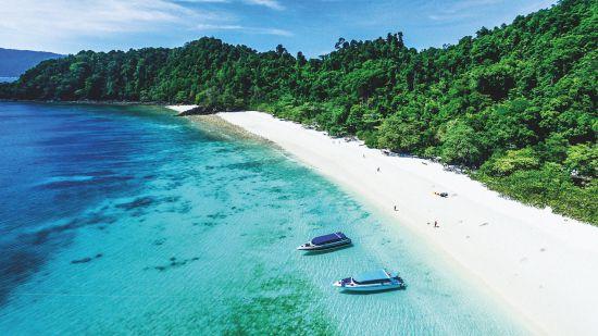 Cruise to Myanmar: Ta Fook island