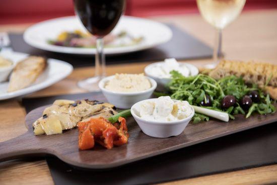 PO Ferries: Vegetarian platter