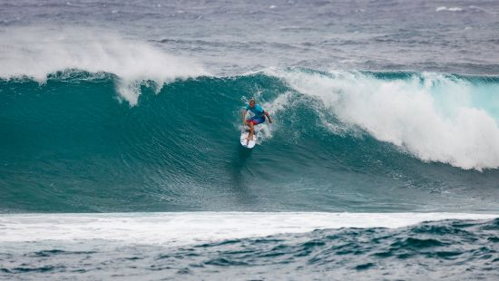 Surfing in Hawaii, world sporting events