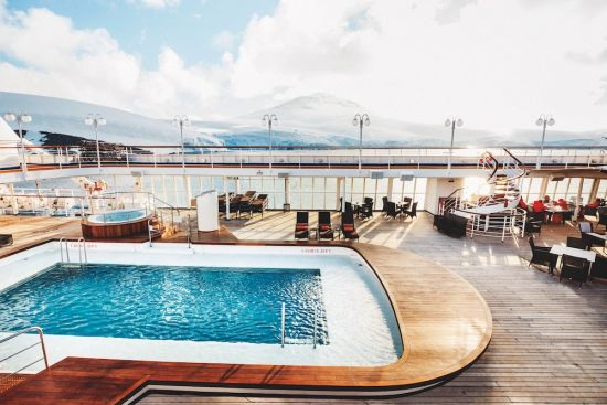 Silversea Silver Cloud pool