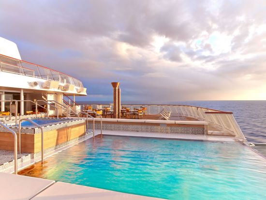 Viking sun world cruise: Infinity pool