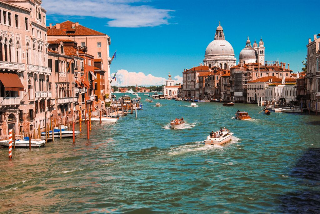 Italy river boats