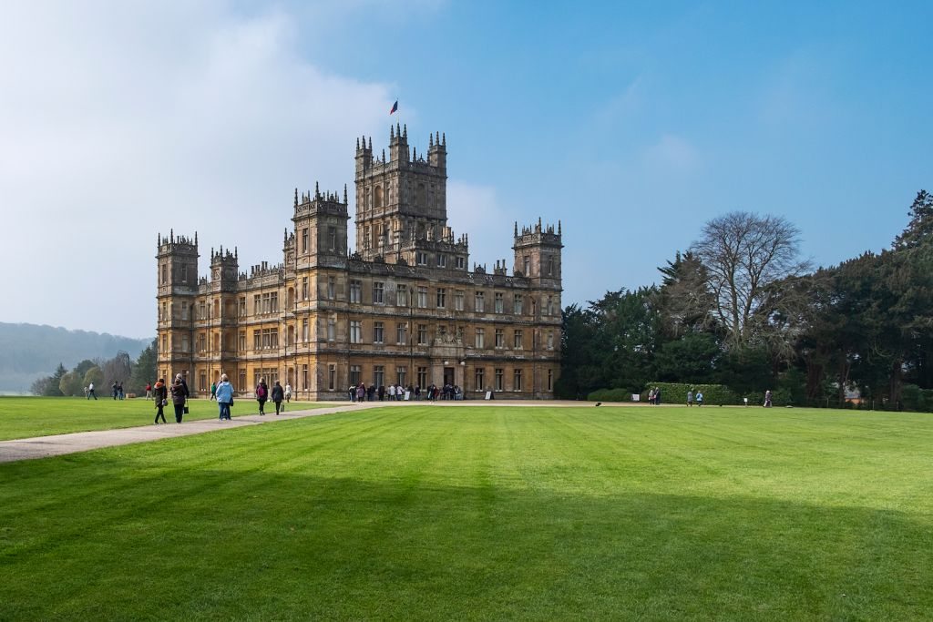 Viking Cruises Downton Abbey Highclere Castle