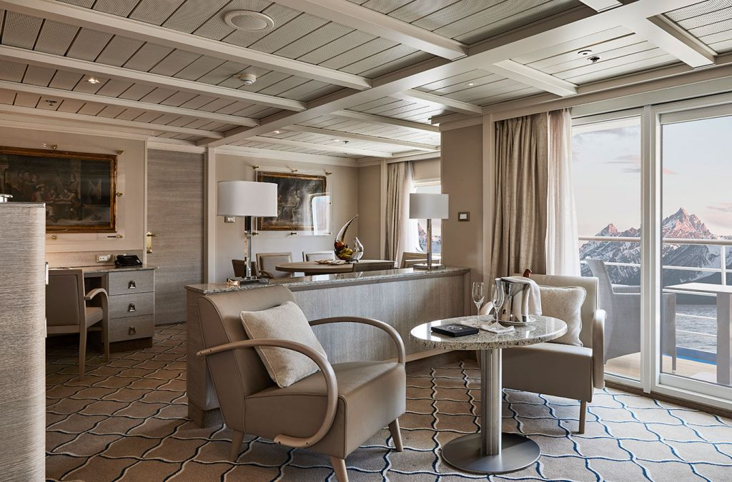 Silversea, Owner's Suite lounge