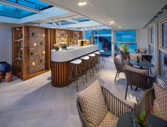 AmaWaterways: AmaMagna Wellness bar