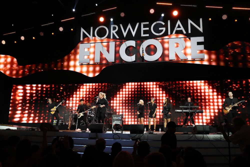 Norwegian Encore Christening: Kelly Clarkson