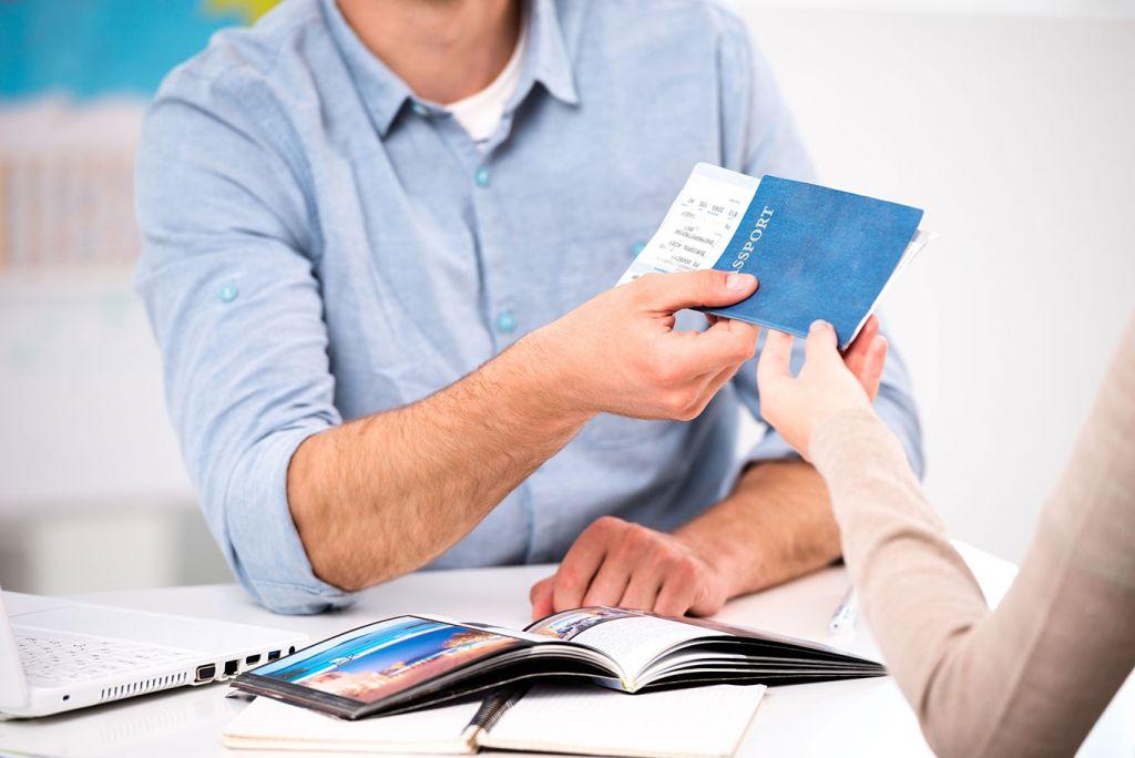 Travel agent: legitimate