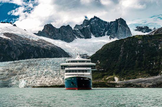 Patagonia cruise: Australis Ventus