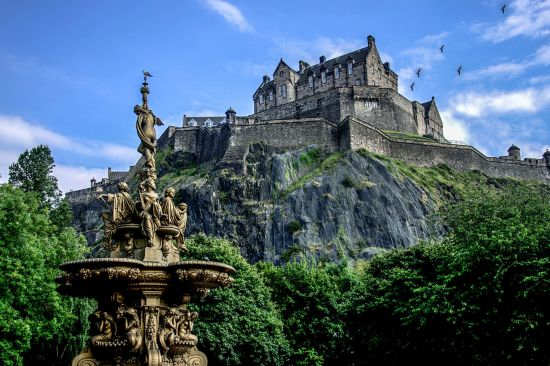 British Isles cruise: Edinburgh castle