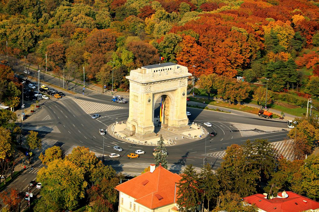 Danube river cruise: Bucharest triumphal arch