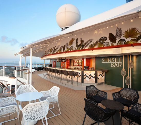 Celebrity Silhouette: Sunset Bar