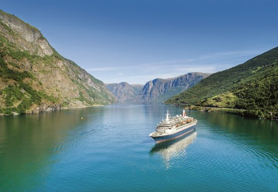 Fred Olsen Cruise Lines: Black Watch